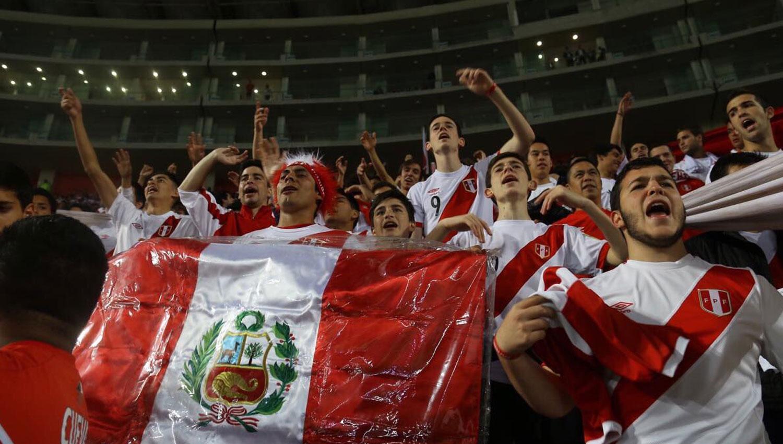 ANSIOSOS. Los peruanos anhelan volver a una Copa del Mundo después de 35 años. FOTO TOMADA DE TWITTER.COM/SELECCIONPERU