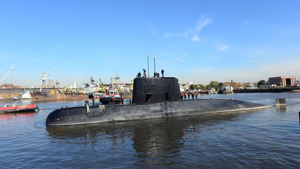 Refuerzan la búsqueda del submarino en la profundidad del mar