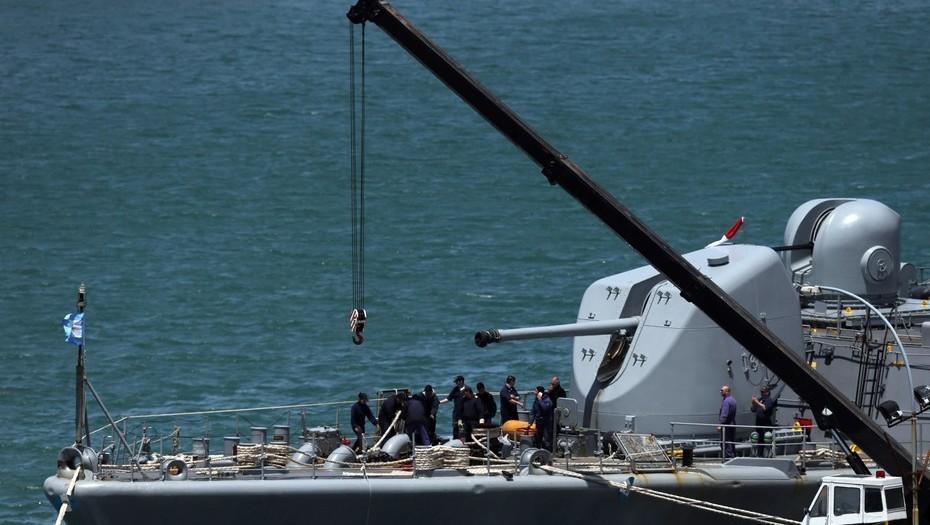 EL DESTRUCTOR ARA SARANDÍ. Una de las naves que se sumó a la búsqueda del submarino ARA San Juan. FOTO/REUTERS