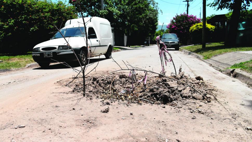 Se investiga si hay irregularidades en el pavimento de Yerba Buena