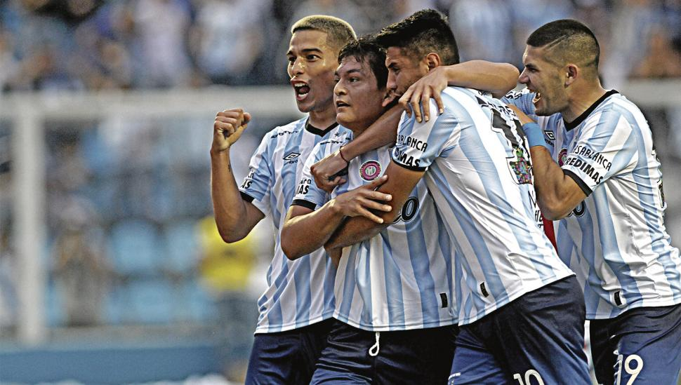 Atlético le ganó a Colón y llega con más confianza que River a la final