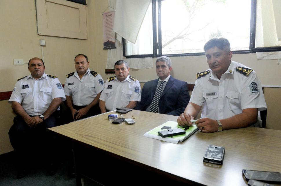 Cambian los jefes en puestos claves de la Policía