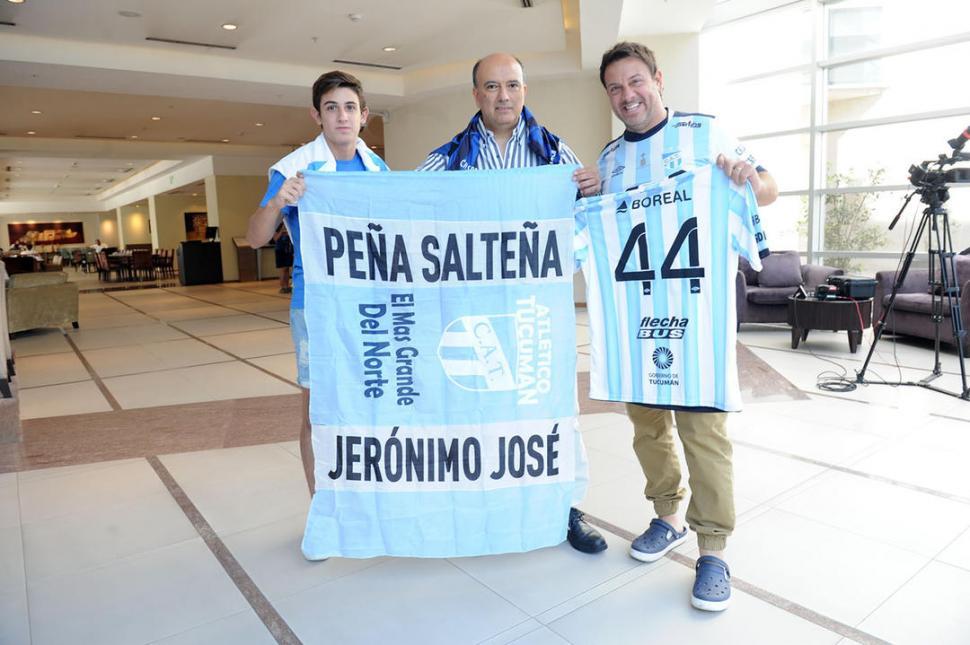 PASIÓN SIN LÍMITES. Guillermo Dieguez -centro- ya está en Mendoza. LA GACETA / FOTO DE FRANCO VERA (ENVIADO ESPECIAL)