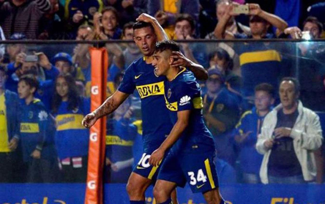 FIGURAS. Cardona y Vadalá quieren volver a festejar con Boca. (FOTO DE NUEVO DIARIO)