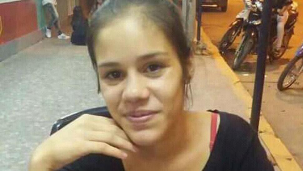 Queman a una joven después de asesinarla