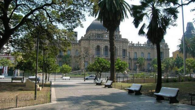 Presentan Un Proyecto Para Remodelar La Plaza Independencia Costara