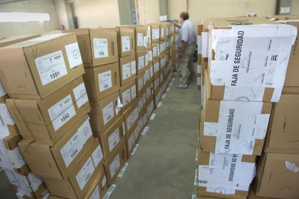 Un fallo descarta el presunto fraude de Gendarmería y del Correo en 2015