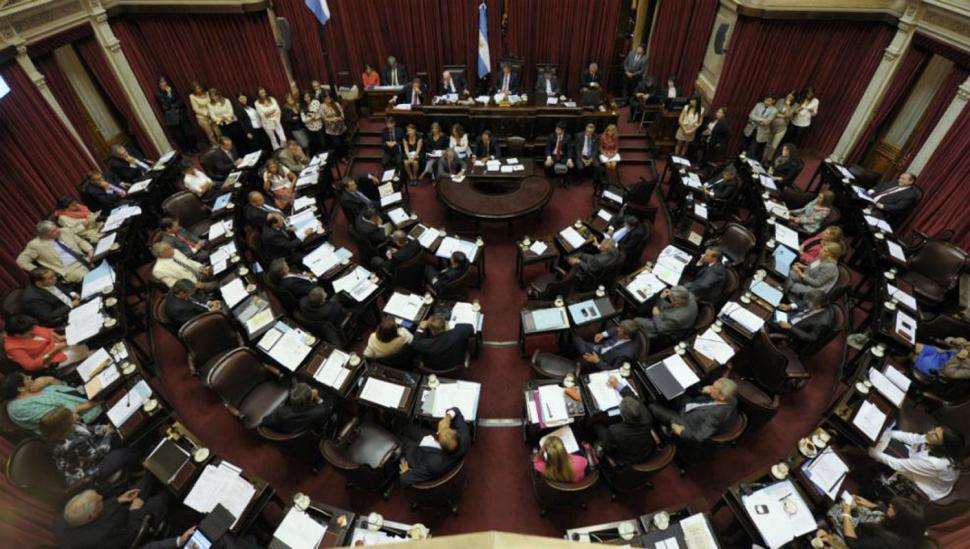 El Senado aprobó anoche el paquete económico del Gobierno nacional con apoyo del PJ