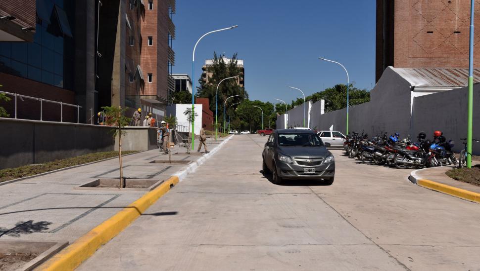 La ciudad tiene una nueva cuadra: ya se puede circular por España al 400
