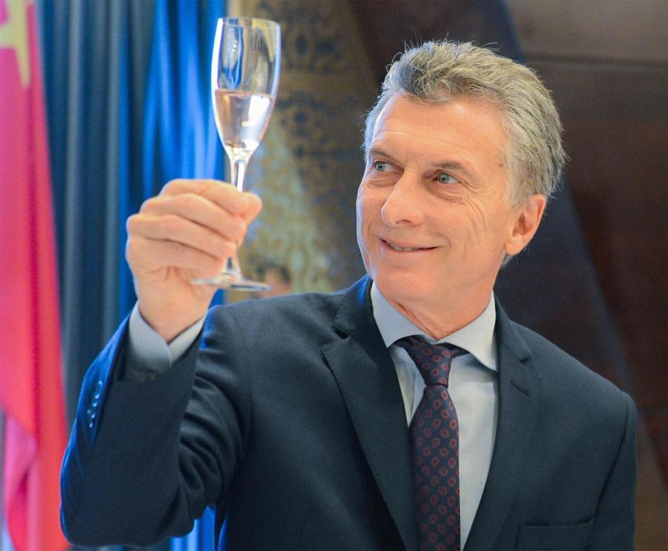 Macri destacó la inversión social de su gestión en un mensaje de fin de año