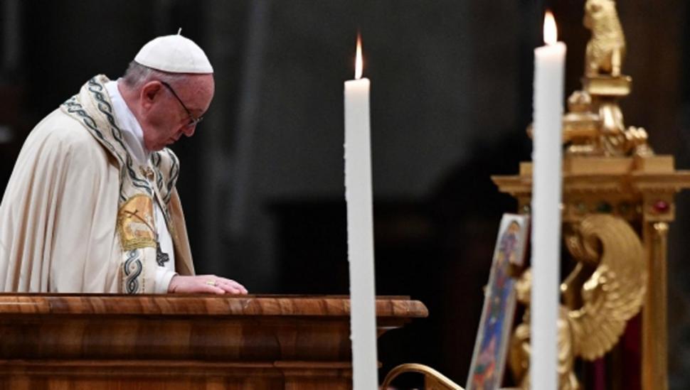En su mensaje de fin de año, el Papa consideró que el 2017 fue empañado por guerra y mentiras