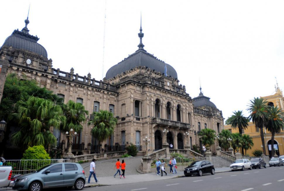 La emergencia económica sigue vigente en Tucumán