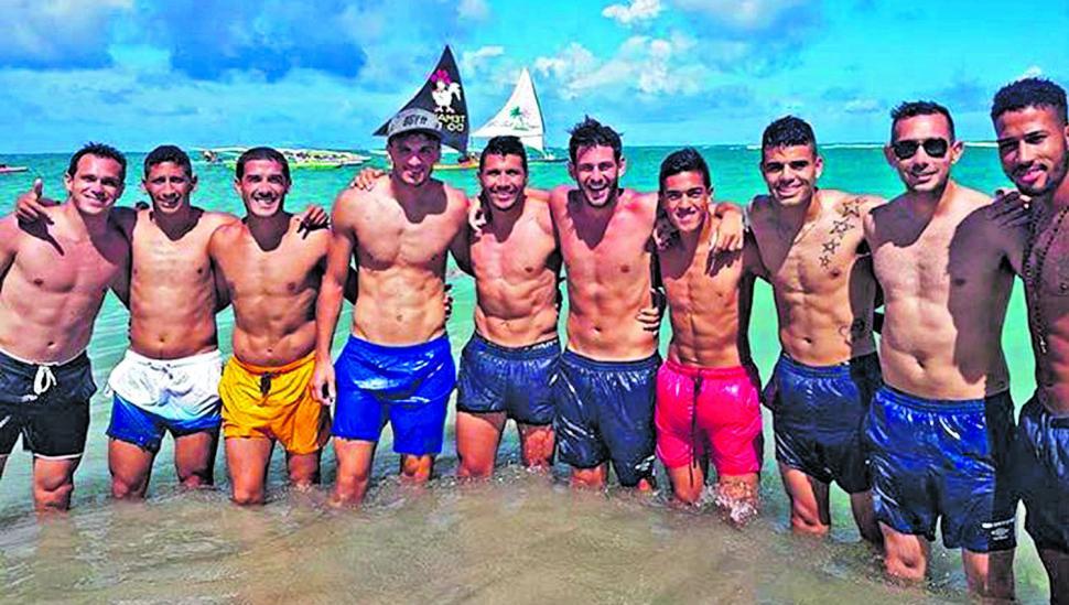 Ante la agitada pretemporada, el plantel de Atlético disfrutó de una pausa en el mar