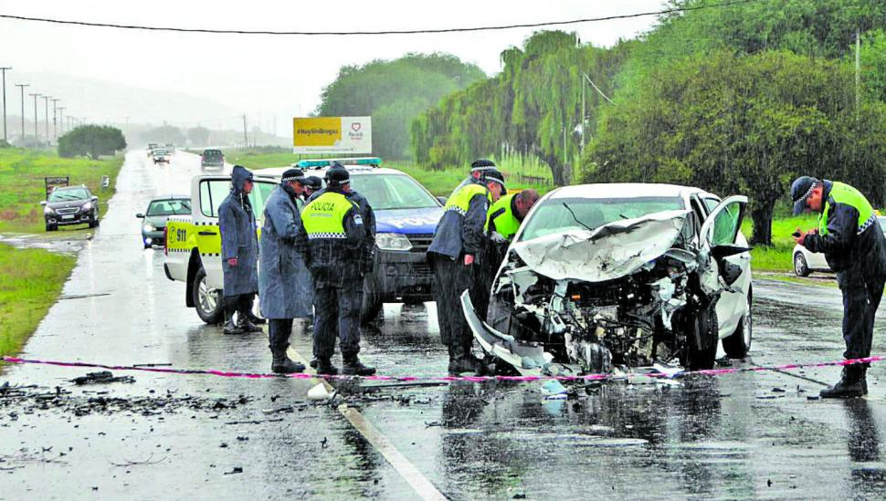 Un choque frontal se cobró tres vidas en los Valles