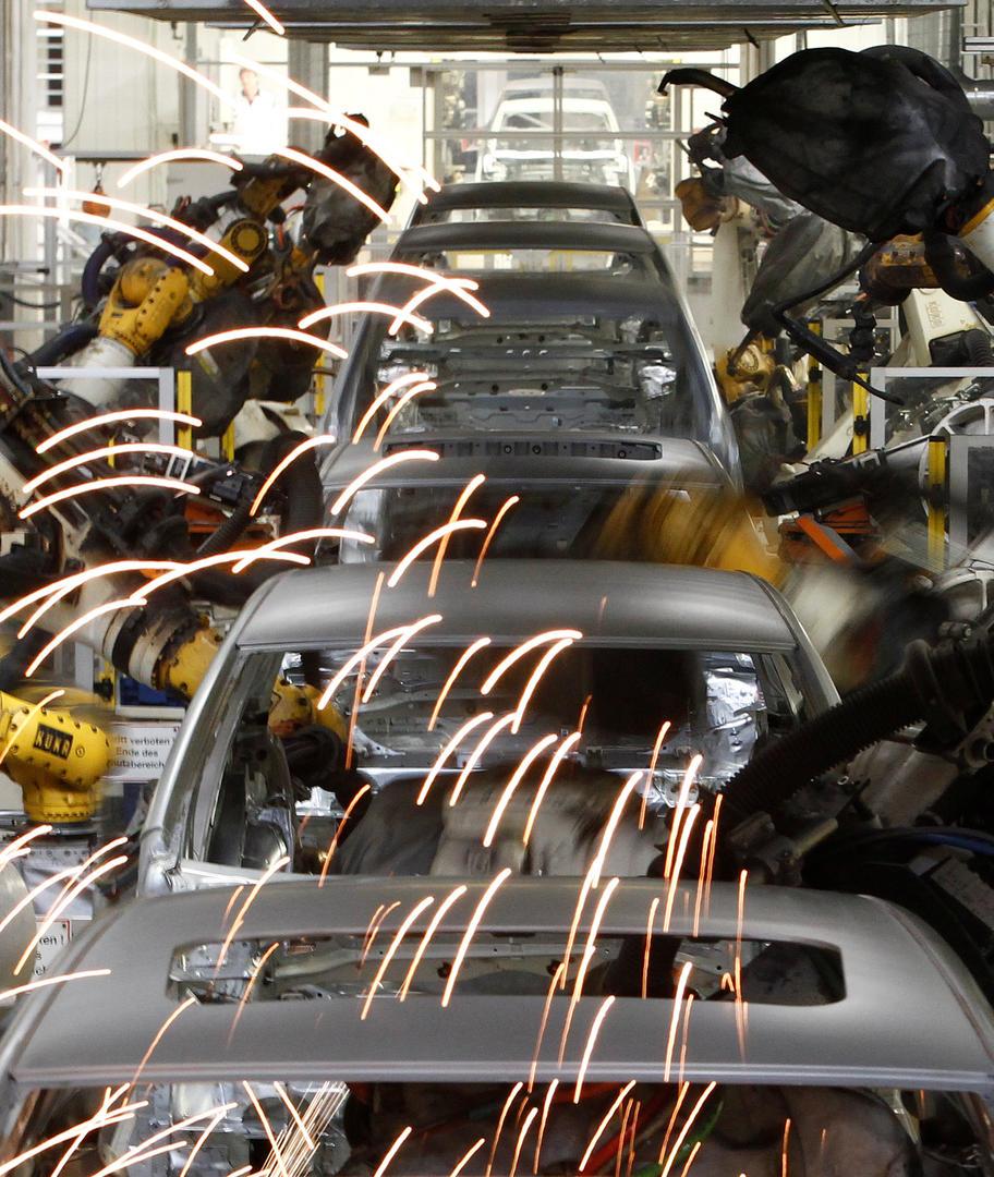 CON UN HORIZONTE FELIZ. El sector automotor empieza su mejor año. REUTERS (archivo)