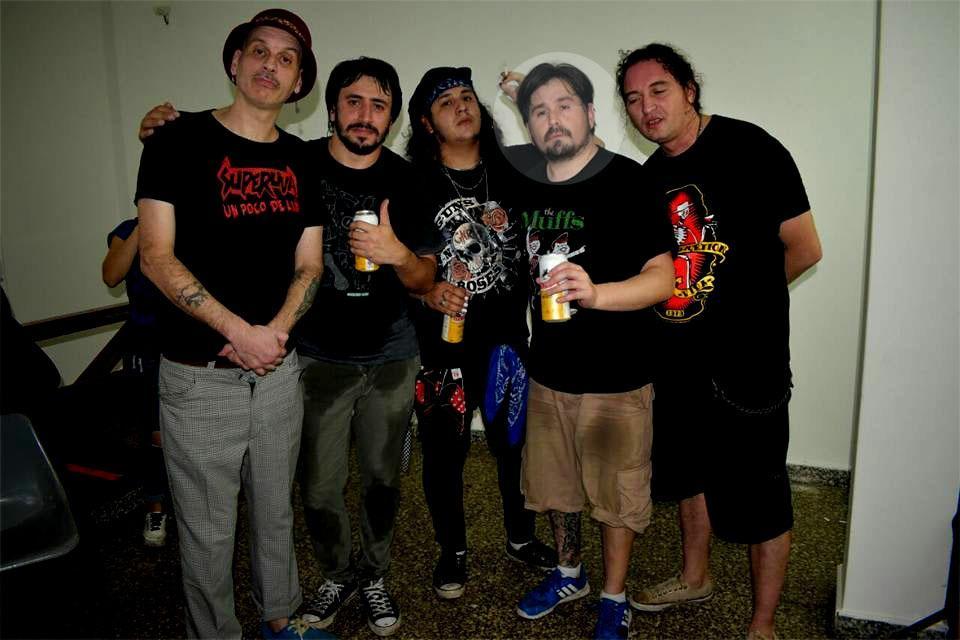 Juan Ledesma, el segundo desde la derecha. Foto tomada de la página de Superuva.