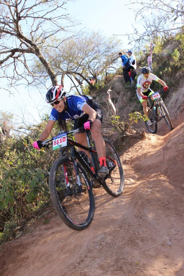 EN ACCIÓN. El mountain bike fue su gran pasión y cosechó triunfos inolvidables. la gaceta / foto de archivo