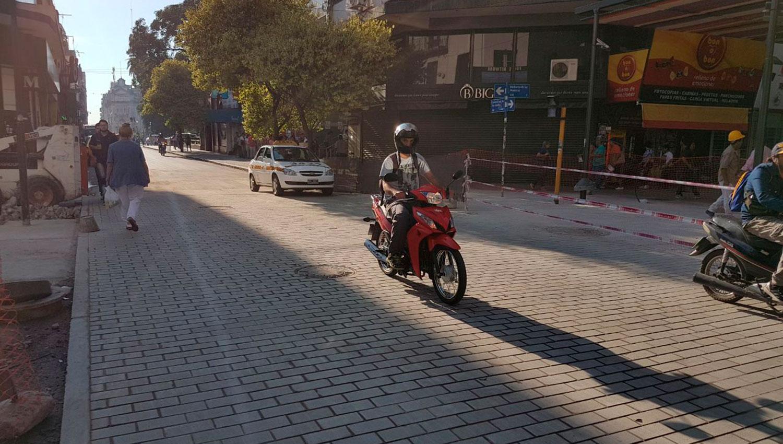 Finalizaron las obras en la esquina de San Martín y Muñecas. LA GACETA/FOTO DE SANTIAGO HERNÁNDEZ
