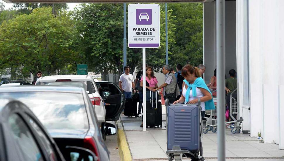 No está regulado el transporte desde el aeropuerto