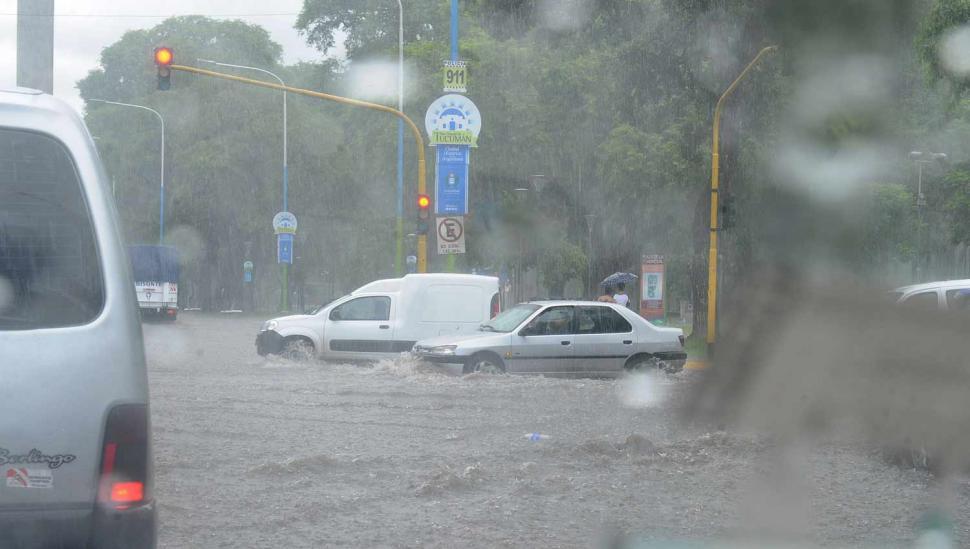 Tucumán continúa bajo alerta meteorológica y anuncian más lluvias
