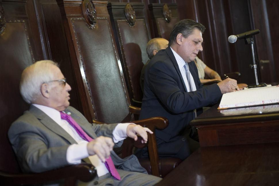 Posse pidió los primeros jueces subrogantes