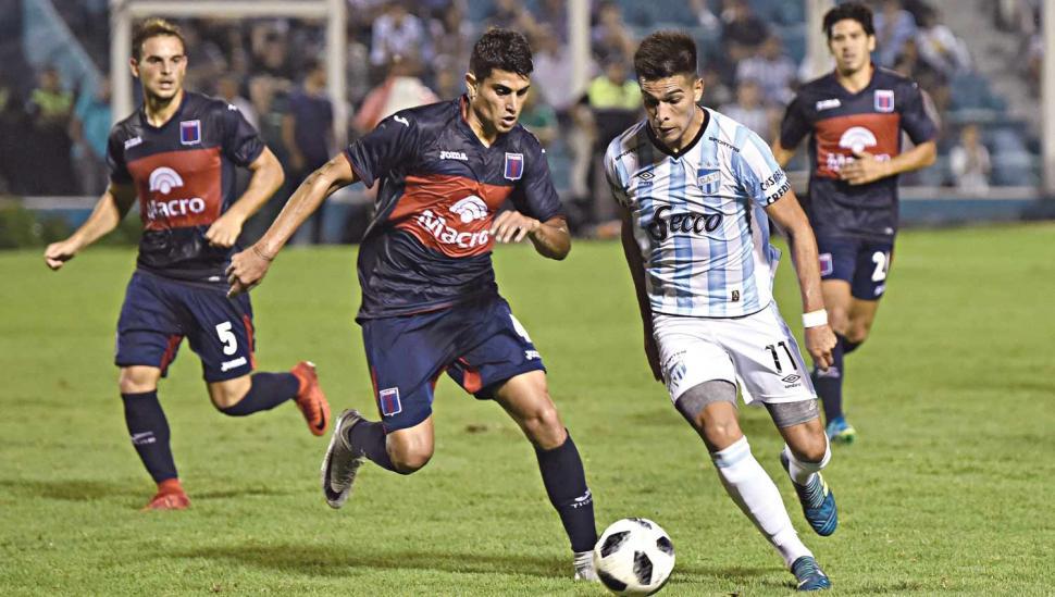 Atlético no pudo contra Tigre pero sigue invicto