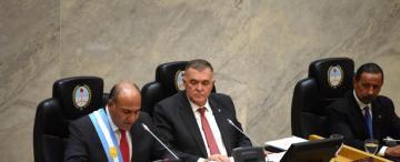 Manzur repasó su gestión y evitó las definiciones políticas