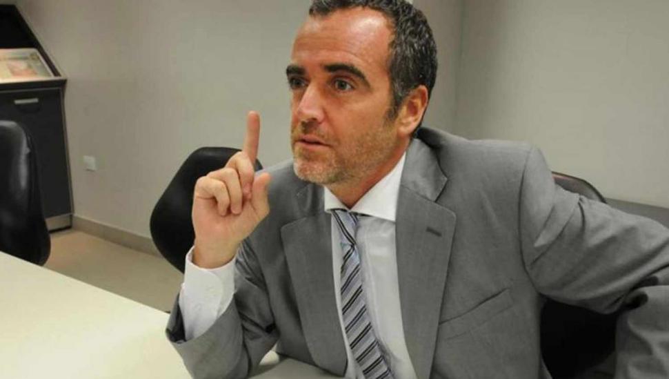 Carlotto, contra un juez propuesto por Manzur
