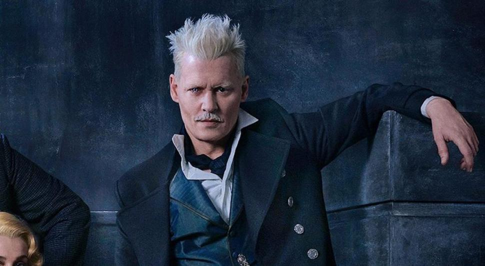 VILLANO. Johnny Depp encarna al perverso mago Grindewald. De él se enamora el joven Albus Dumbledore.