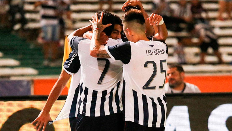 Los jugadores del equipo cordobés festejaron ante su gente. FOTO TOMADA DE WWW.TWITTER.COM/CATALLERESCBA