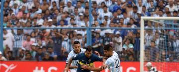 """La fórmula con Tevez de enganche y """"Wanchope"""" de 9 tampoco le rindió dividendos a Boca"""
