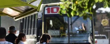 Proponen crear el boleto gratuito universitario para estudiantes que residan fuera de San Miguel de Tucumán