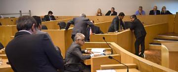 Escándalo en el Concejo: no habrá sanciones a ediles por la agresión en el recinto