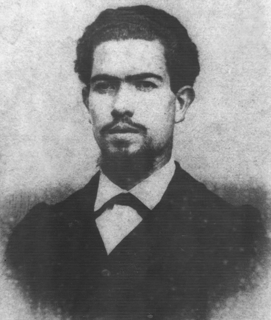 EN LOS AÑOS MOZOS. La más antigua fotografía que se conoce de Lídoro J. Quinteros.