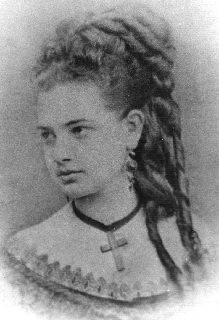 LA ESPOSA. Doña Laurentina Sosa tuvo con Quinteros un total de ocho hijas mujeres, una de ellas esposa de Ricardo Rojas.