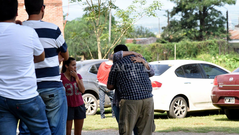 Dispusieron acciones de contención para familiares de los ocupantes del avión