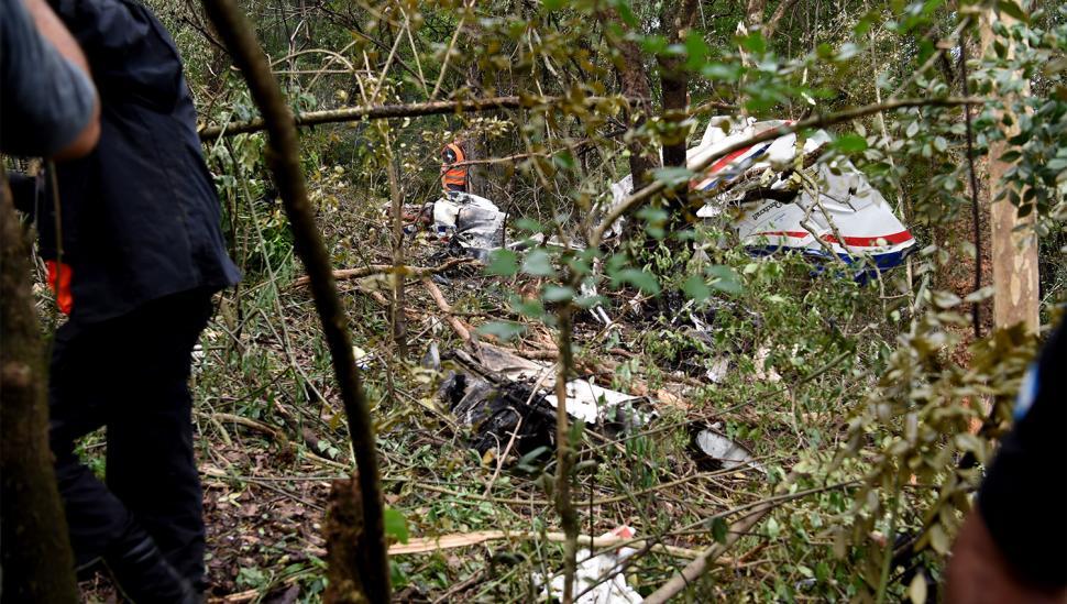 Pericias: analizan los restos del avión