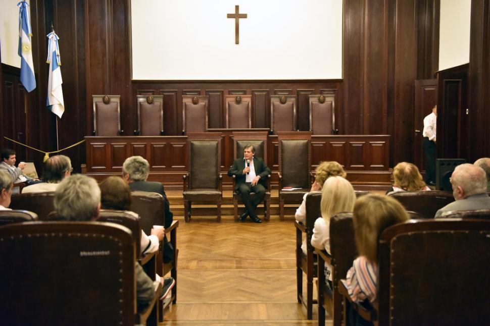 El presidente de la Corte pide 80 jueces más