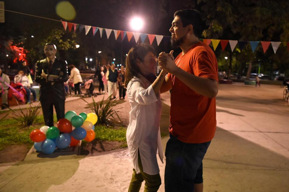 La Milonga de la plaza Urquiza cumplió 13 años