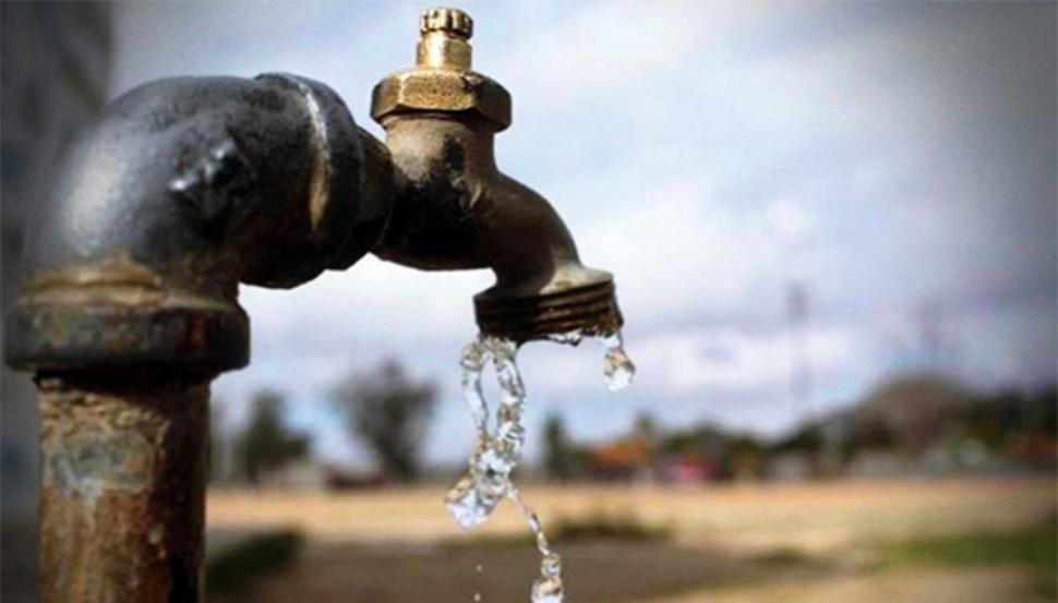 Recomiendan cuidar el agua en los hogares