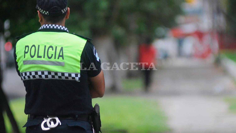 DISPOSICIÓN. El Gobierno pretende realizar los estudios clínicos a unos 8.500 efectivos que integran la fuerza de seguridad de la provincia. la gaceta / foto de analia jaramillo