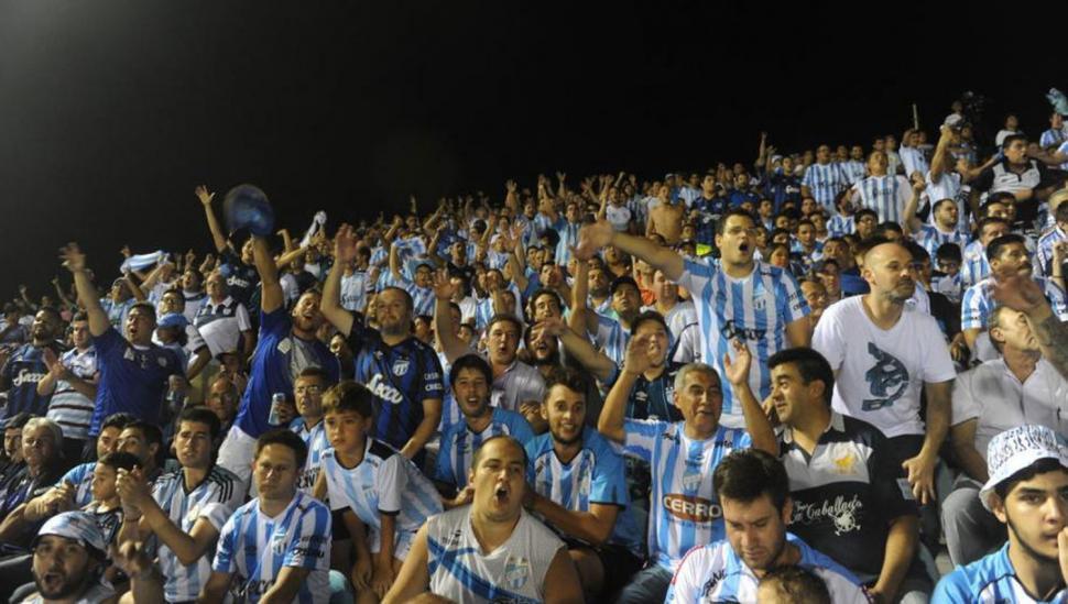 Atlético visita a Huracán: a qué hora es el partido y en qué canal se lo puede ver