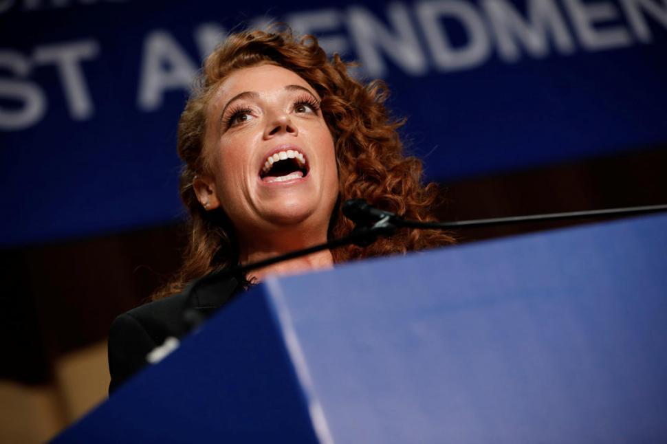 ÁCIDA. La comediante Michelle Wolf criticó sin filtros al presidente.  REUTERS
