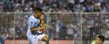 Atlético superó a Peñarol en una final y con su tercer éxito al hilo quedó cerca de la clasificación