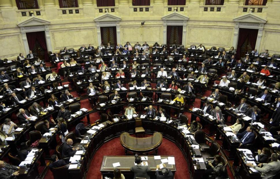 La oposición busca darle media sanción en el Congreso al proyecto de congelar las tarifas