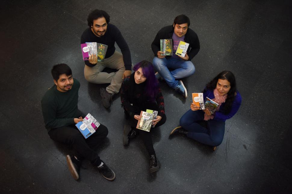 LOS PROTAGONISTAS. Acevedo, Mauroyriñis, Gómez, Molina y Lucía Felipe. Al grupo se sumó Jonás Ramón. LA GACETA / FOTO DE ANALÍA JARAMILLO.-