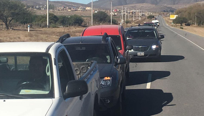 Así se veía el ingreso a Tafí del Valle antes del mediodía. FOTO ENVADA POR UN LECTOR