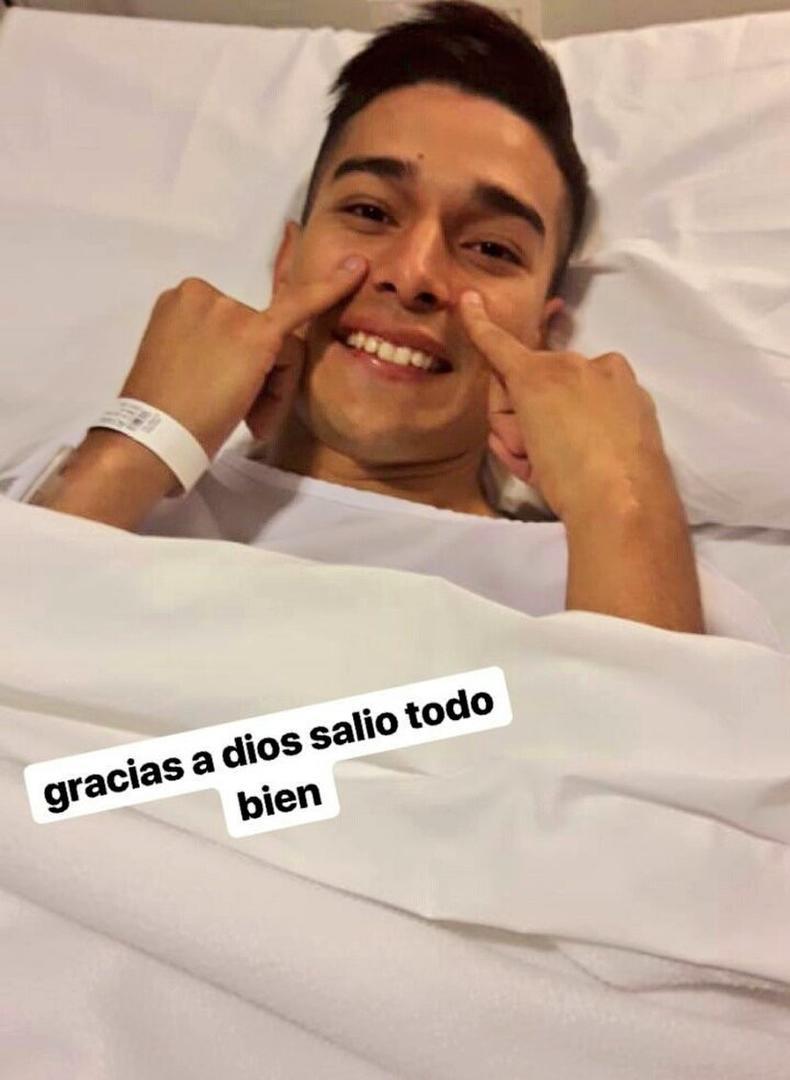LO DIJO ÉL MISMO. Alvarez publicó una foto suya tras su operación en la ingle. instagram /favio.alvarez10