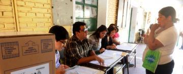 Bejas procesa y embarga a tres autoridades de mesa por faltar a los comicios de 2015