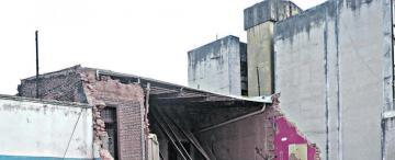 Tragedia del Parravicini: ediles piden controles mensuales en edificios de la ciudad